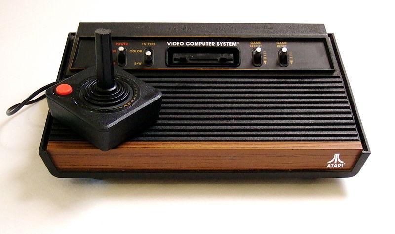 Klicke auf die Grafik für eine größere Ansicht  Name:800px-Atari2600a.JPG Hits:75 Größe:56,1 KB ID:75831